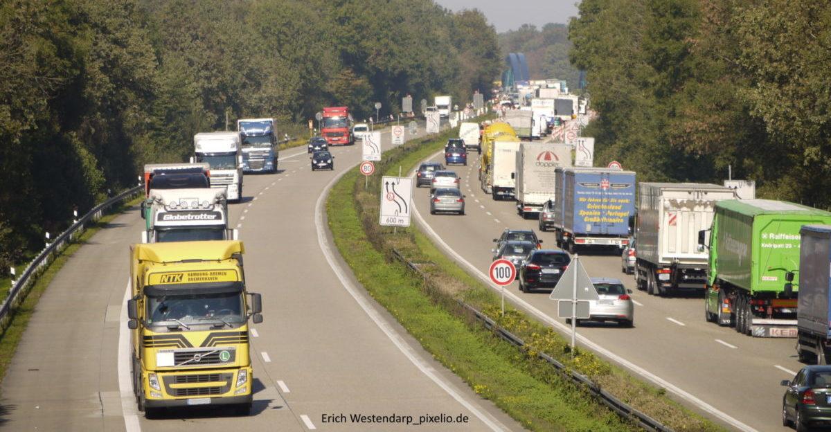 Kein Beitrag zur Verkehrswende: Ausbau der A61 / A52
